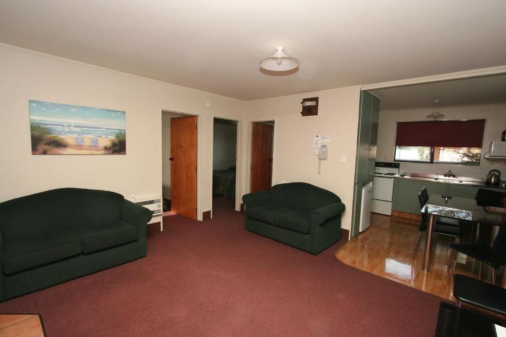 Abbott House Sumner Bed Breakfast Hotel Commodore Motor Lodge Ashburton